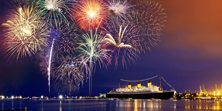 Celebrate the New Year's eve in Los Angeles, California